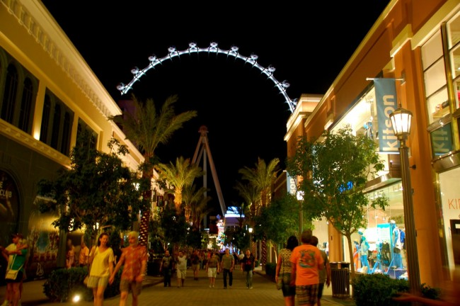 High Roller and LINQ